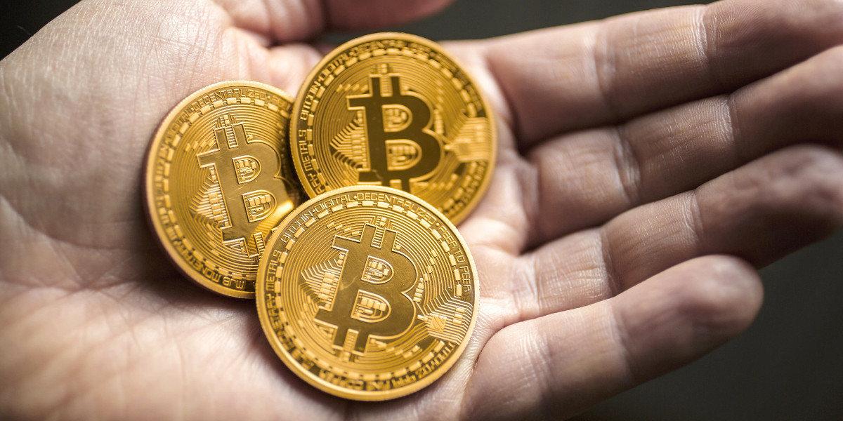 Bitcoin, in Italia possibile l'uso per compravendite immobiliari