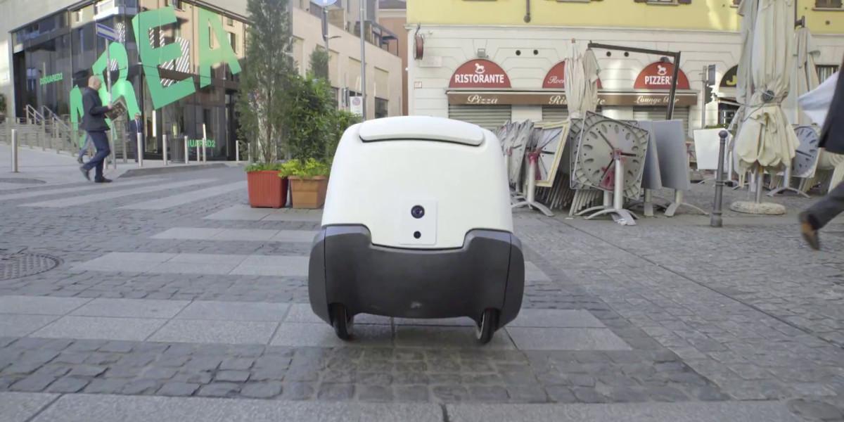 A Cremona debutta il pony express a guida autonoma