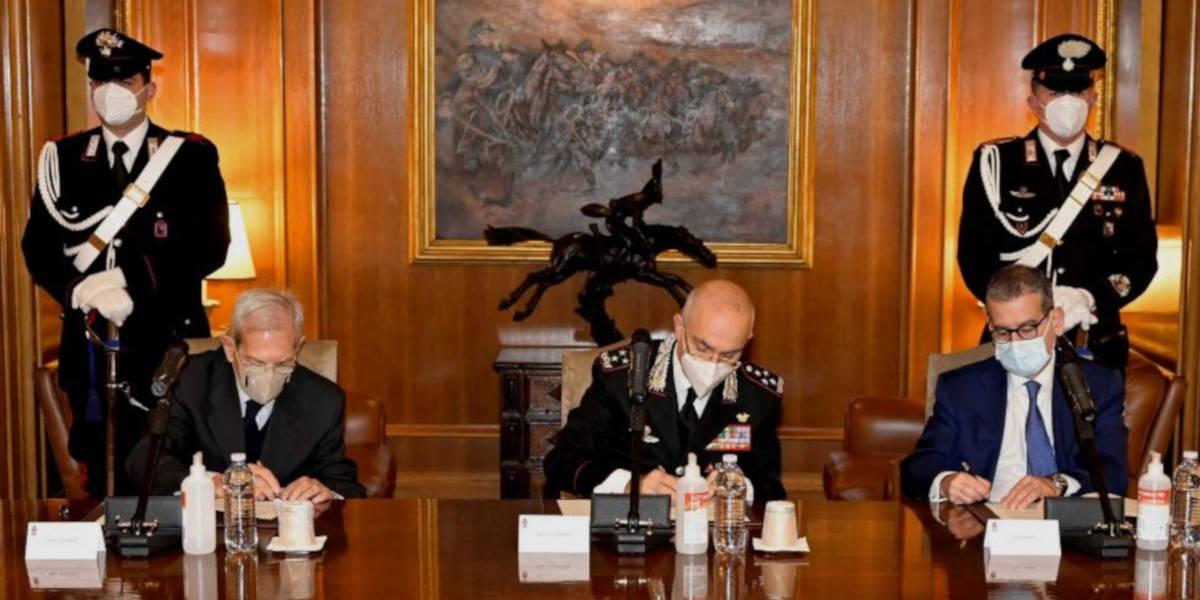 Leonardo e l'Arma dei Carabinieri insieme per la formazione degli anziani all'uso del digitale