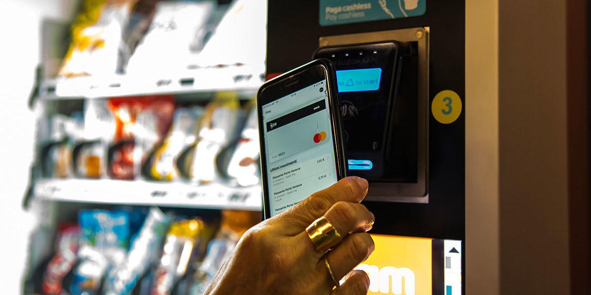 Milano ospita il primo distributore automatico cashless