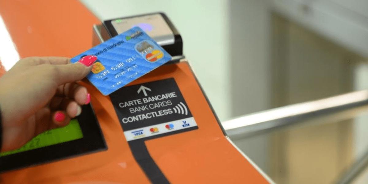 A Milano parte la sperimentazione per utilizzare la metropolitana senza biglietto cartaceo