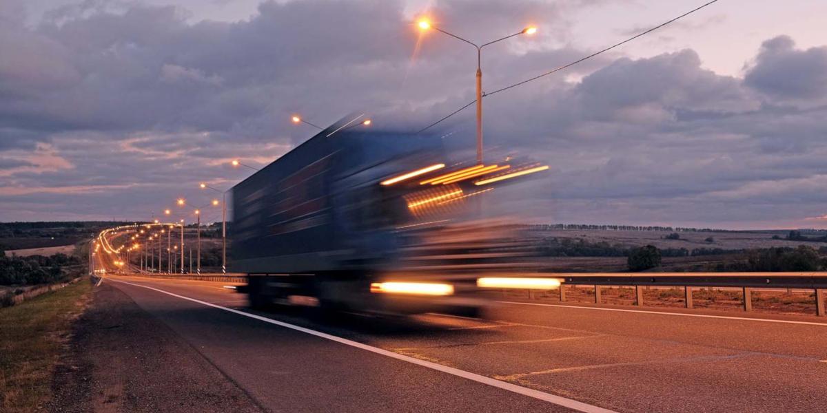 Tachigrafo digitale, scatta l'obbligo per camion e bus