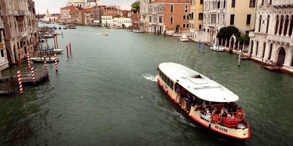 A Venezia i vaporetti sperimentano un innovativo carburante ecologico