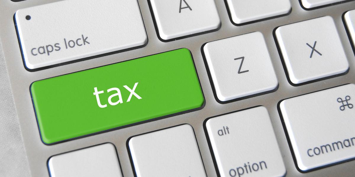 Via libera alla flat tax sulle transazioni digitali